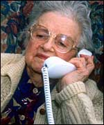 old_lady_phone150