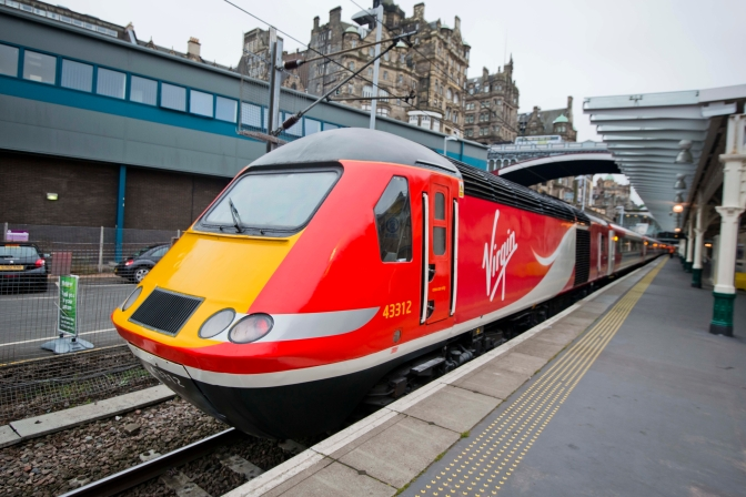 BREAKING NEWS: Virgin Train derailment in Edinburgh