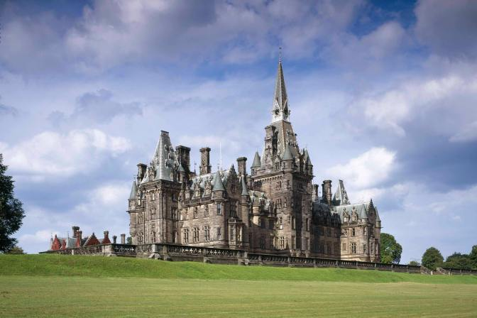 18-year-old girl expelled from Fettes College