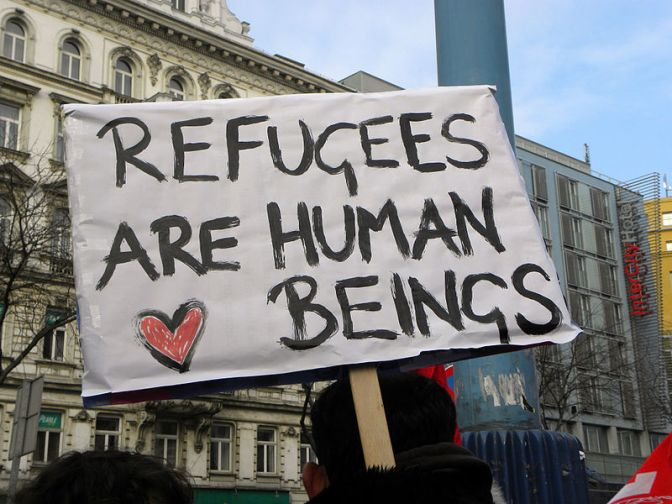 Comedians take a Stand in refugee charity gig
