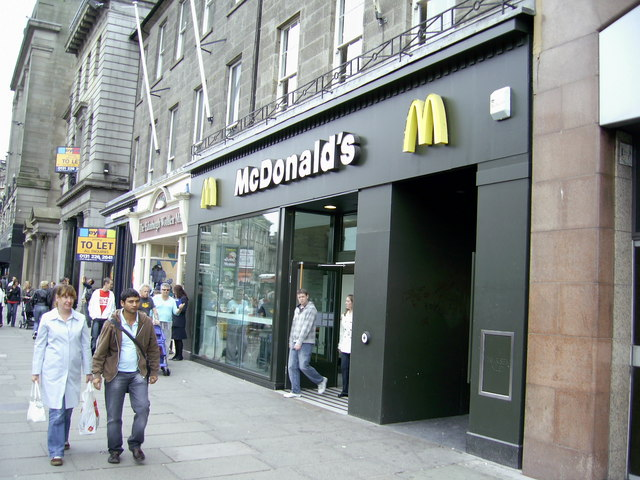 McDonald's Princes Street loses 24-hour license