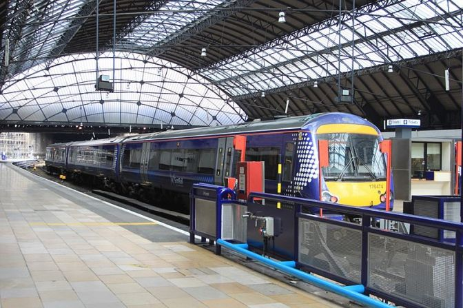 Edinburgh to Glasgow train times to take 42 minutes by 2018